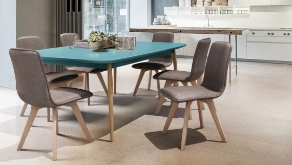 Tokyo scaun și masă